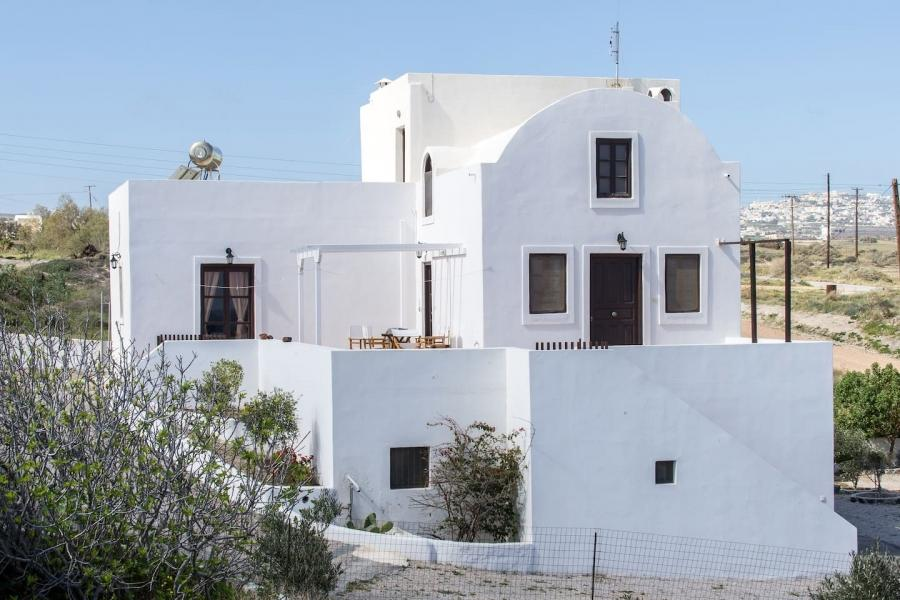GRSAN 1144, 4 BEDROOM HOUSE SANTORINI - https://www.eusecondhome.eu/assets/images/estates_gallery/4efe7-941553865864171550.1.jpg