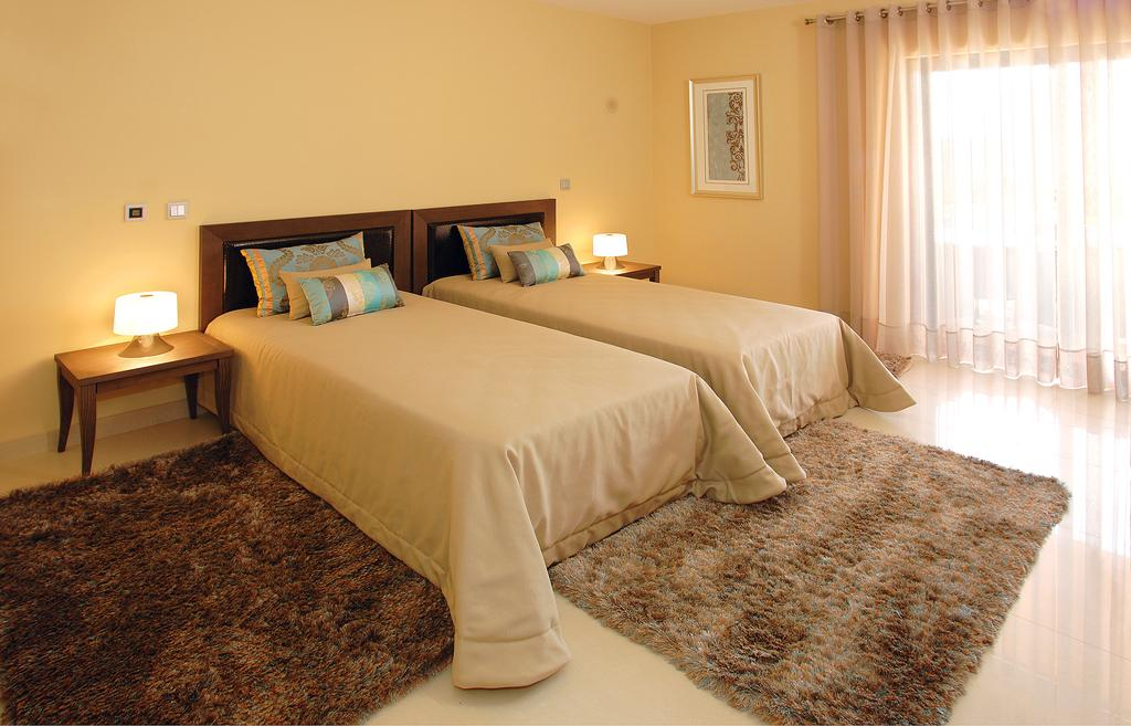 PORAM 1014, VILLA ,SILVES ALGARVE - a352c-501551783157Amendoeira-Twin-Bedroom.jpg