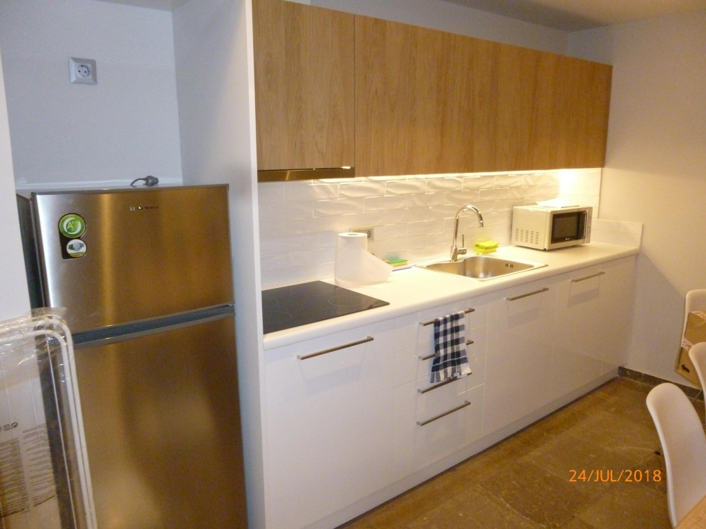 GRATH 1141, RENOVATED 3 BEDROOM APARTMENT - d9063-911553420941225565.6.jpg